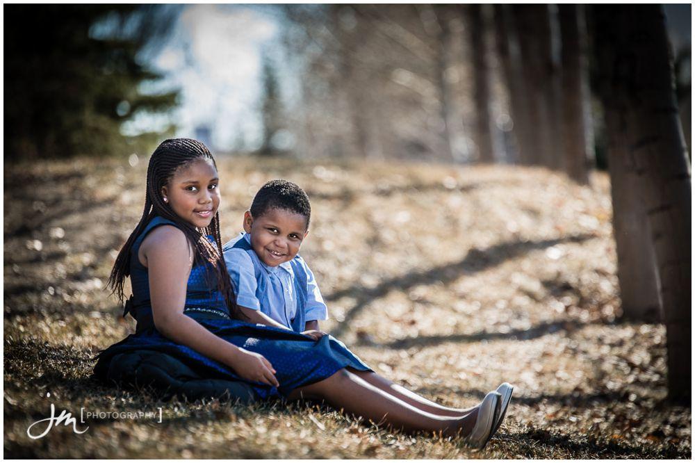 150307_016-Calgary-Family-Photographers-JM_Photography-Amy-Cheng-Elliston-Park