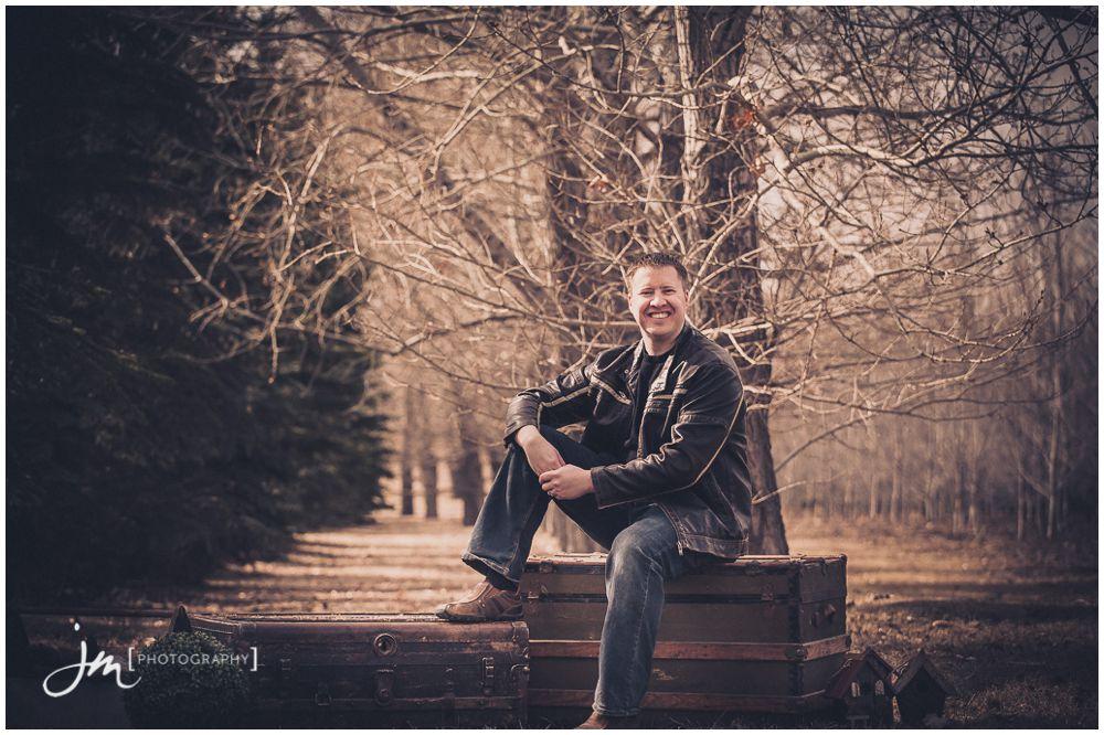 150403_010-Calgary-Family-Photographers-JM_Photography-Amy-Cheng-Fish-Creek-Park
