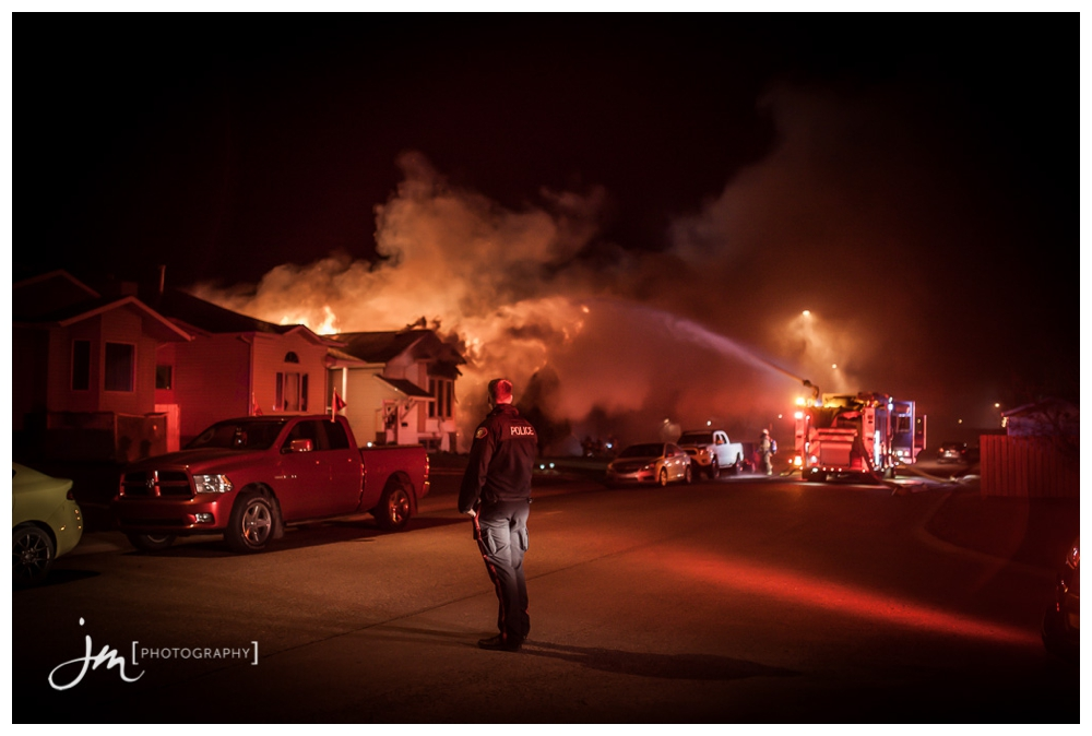 150422_001-Calgary-Family-Photographers-JM_Photography-Jeremy-Martel-Erin-Woods-Fire