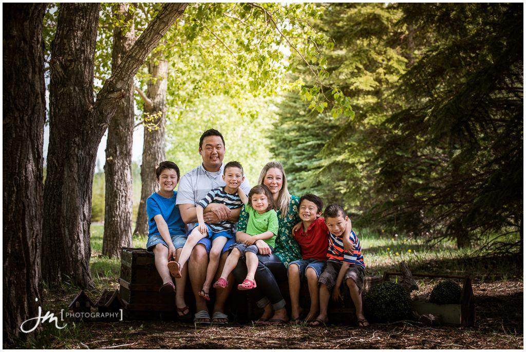 150524_09009-Calgary-Family-Photographers-JM_Photography-Amy-Cheng-Fish-Creek-Park