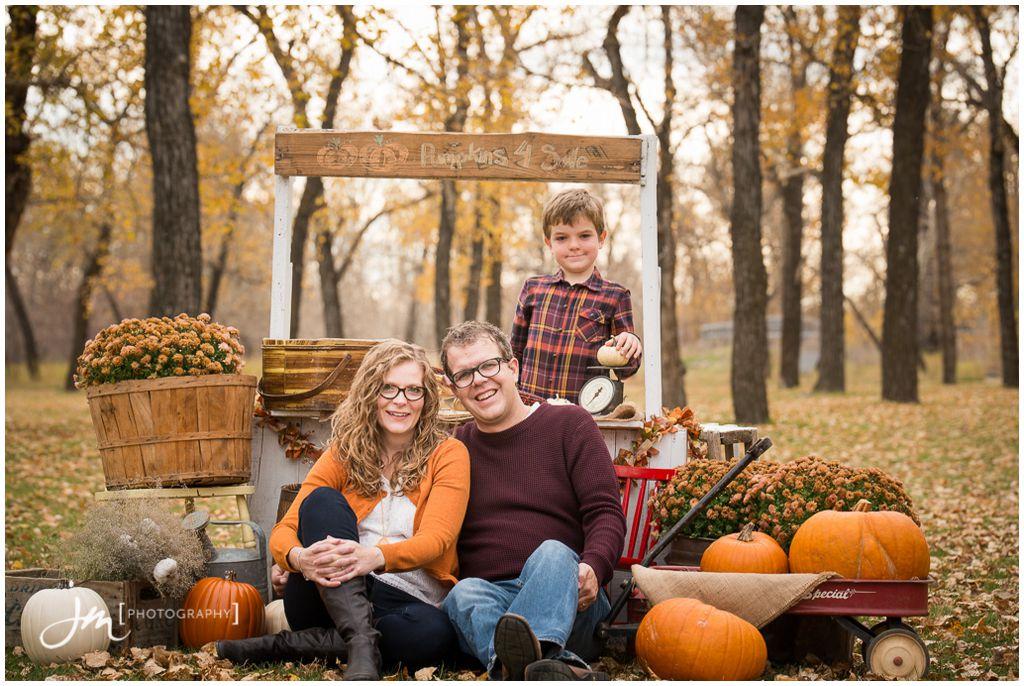 151018_1-Bingley-Family-Calgary-Family-Photographers-JM_Photography-Amy-Cheng