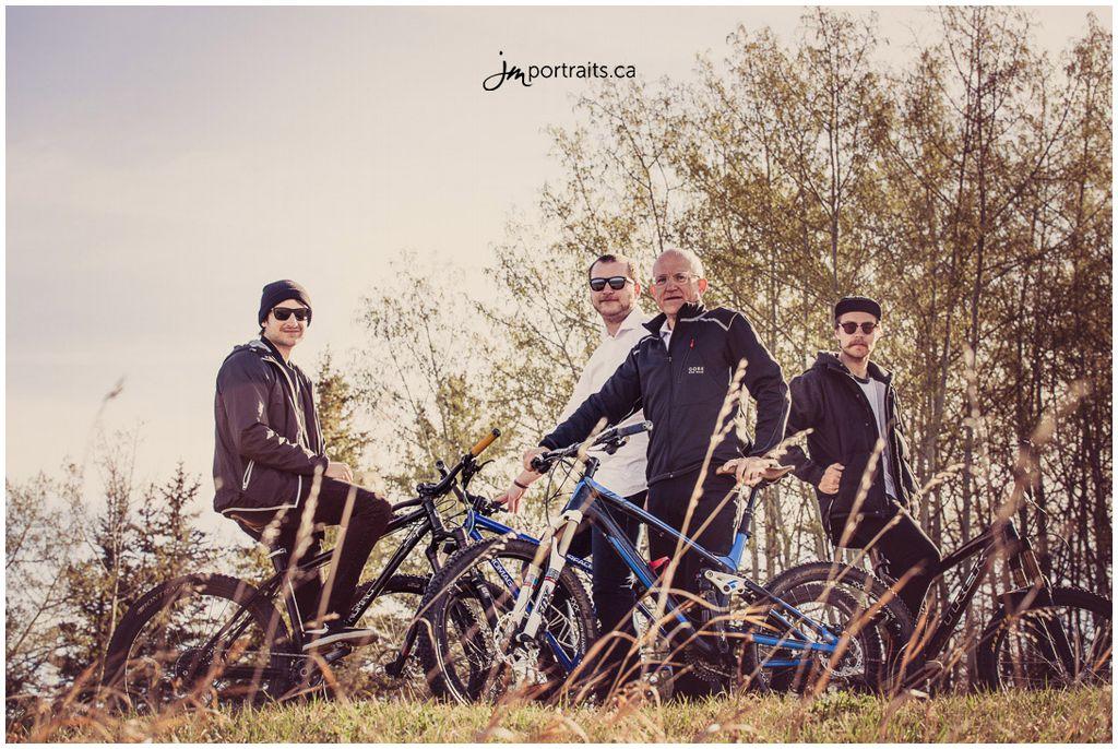 160417_3-Calgary-Family-Photographers-JM_Photography-Amy-Cheng