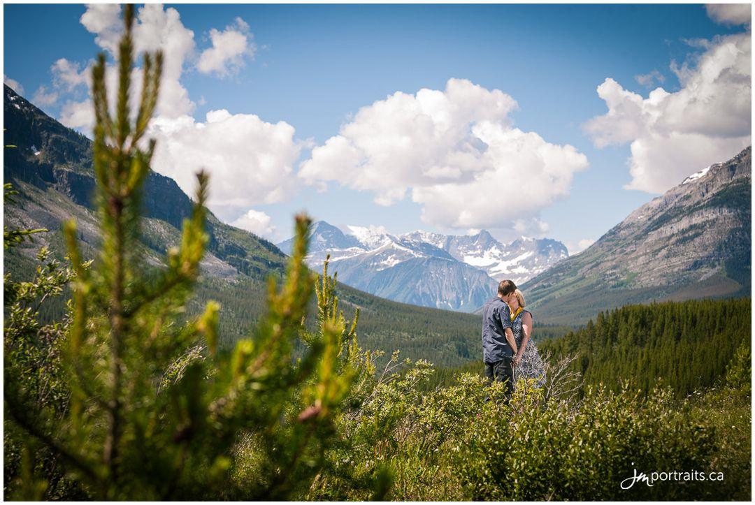 160628_004-Calgary-Portrait-Photographers-Storm-Mountain-Lodge-10th-Anniversary-JM_Photography